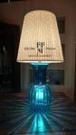 lampada da tavolo in vetro celeste